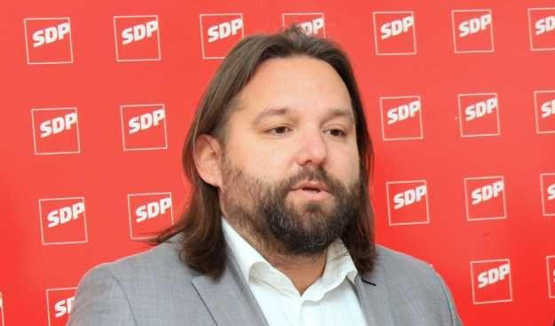 Intervju/ Tonči Restović, predsjednik šibenskog SDP-a o krizi u stranci: Ovo što se sada događa u SDP-u, posljedica je pomanjkanja demokratske pismenosti…