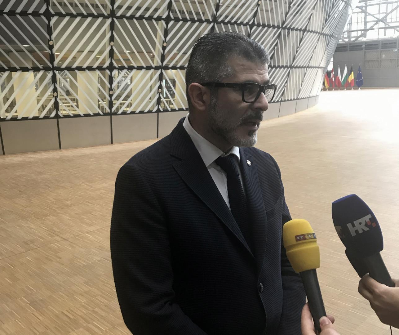 HDZ guši slobodu govora eksterno i interno: Ni na sud bez dozvole HDZ-ovog vodstva!