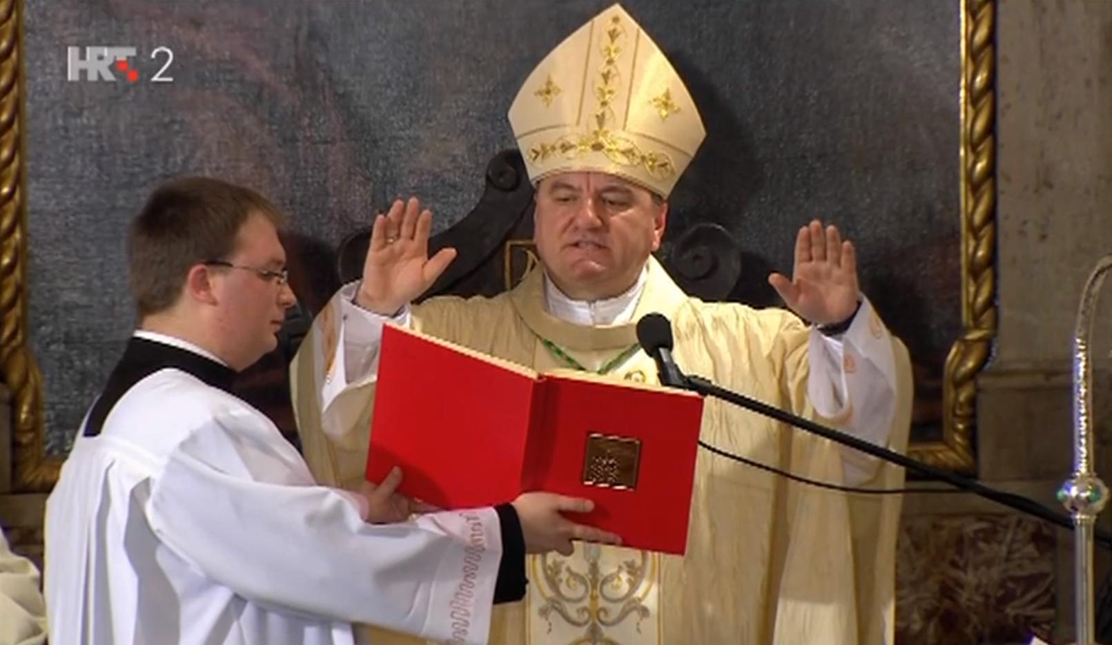 Mons. Petar Palić u dubrovačkoj katedrali: Biskup koji plaši vjernike sekularizmom u sekularnoj državi!?
