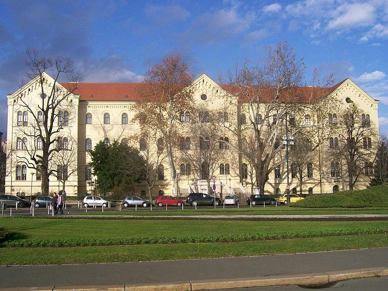 Prosvjed zbog počasnog doktorata Milanu Bandiću/ Stjepan Perko: Boras je najsramotniji rektor u povijesti Sveučilišta!