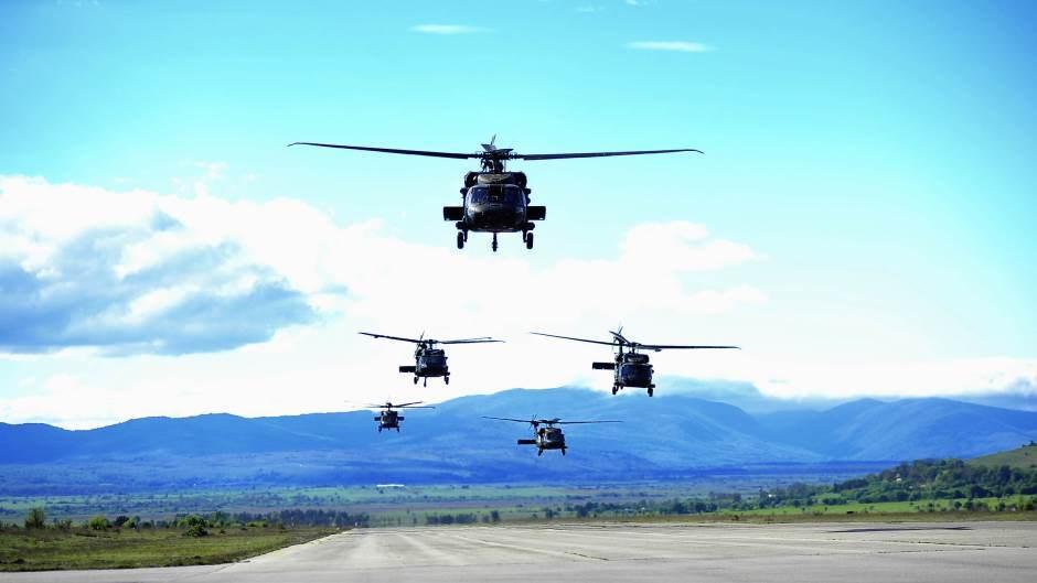 Vojni helikopter se srušio u more između Zablaća i otoka Zlarina
