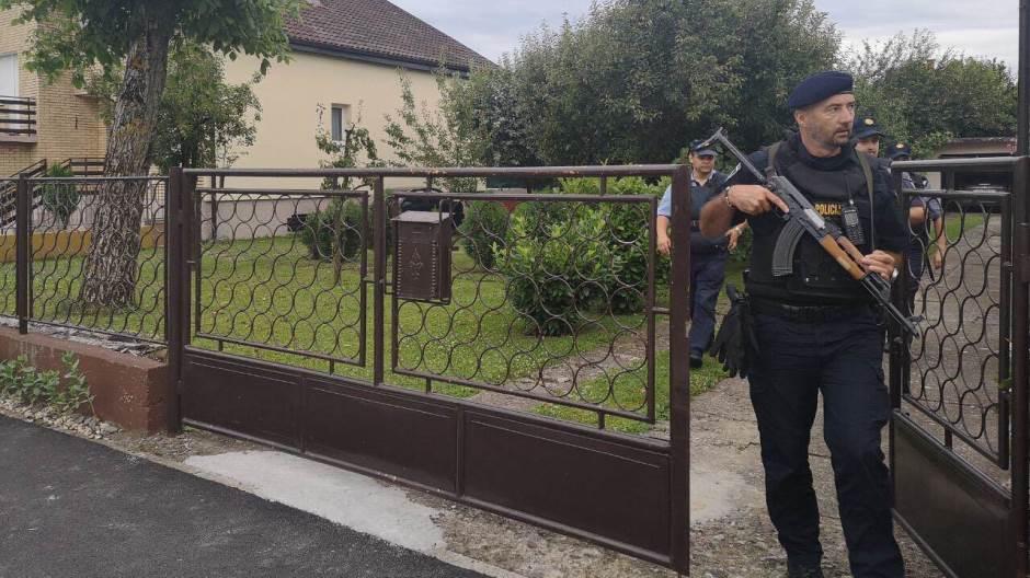 Horor u Đakovu: Ubijena dugogodišnja djelatnica Centra za socijalnu skrb, pravnik Centra se bori za život