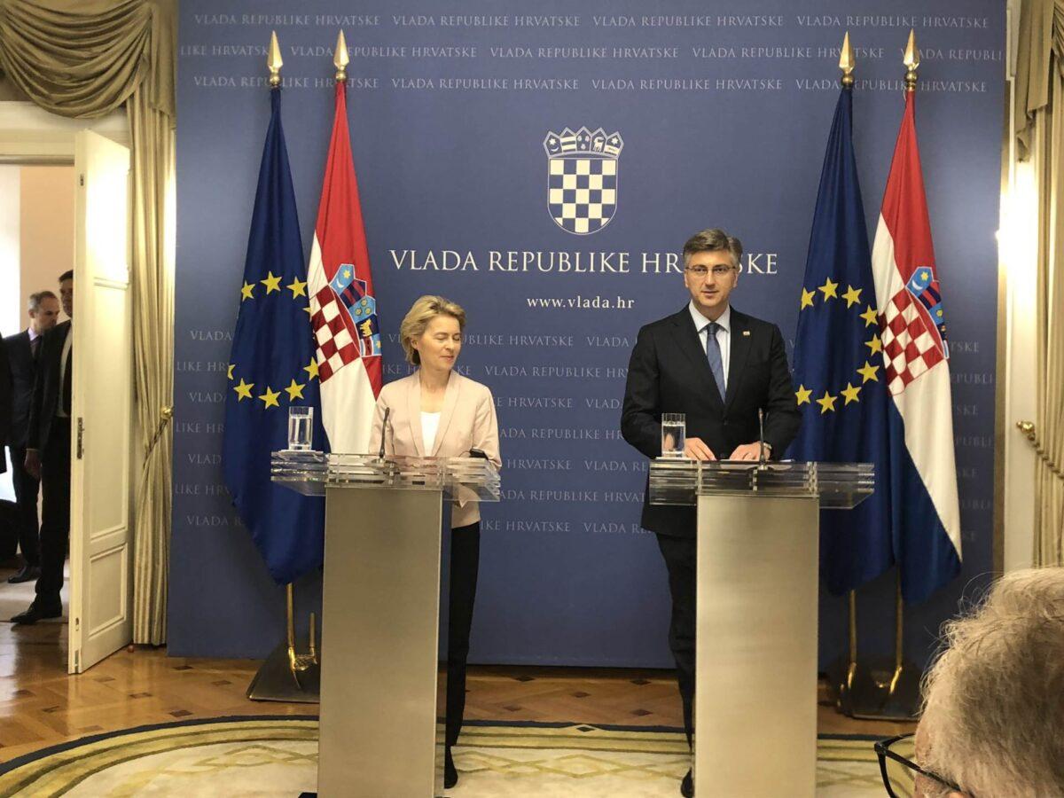 """Andrej Plenković i sumrak demokracije : """"Ćaća"""", miš u rupi ili osioni Cezar…"""