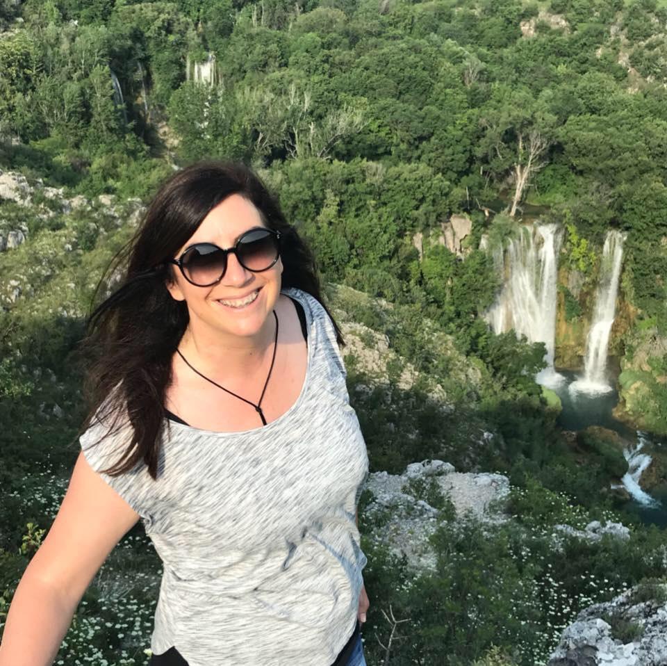 Razgovor s povodom/ Daniela Bjelanović, udruga Verige: Miroslav Tadić i Žene s pruge…