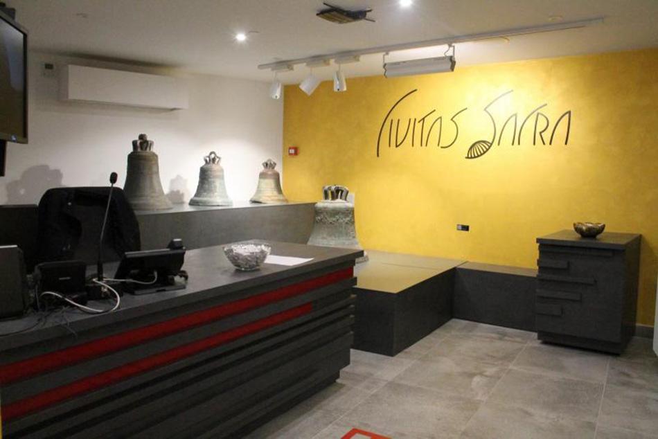 Civitas Sacra, sakralni šibenski muzej, na raspolaganju i za prezentacije lonaca i masažnih fotelja?!