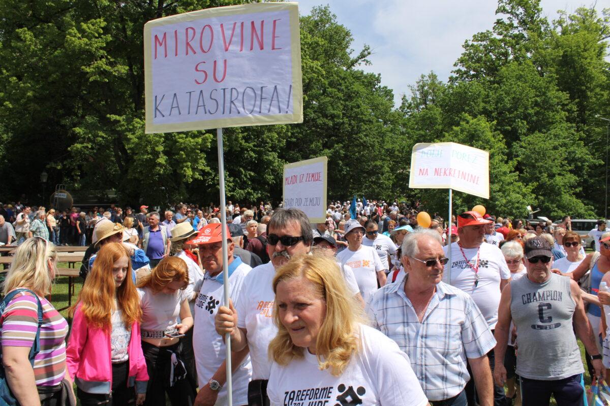 Umirovljenici poručili predsjednici KGK: Nama ne treba pravobranitelj, nego veće mirovine!