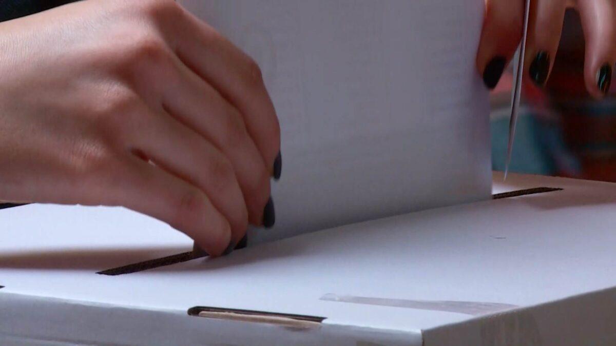 Između 11 kandidata, novog šefa hrvatske države bira 3. 855 000 birača