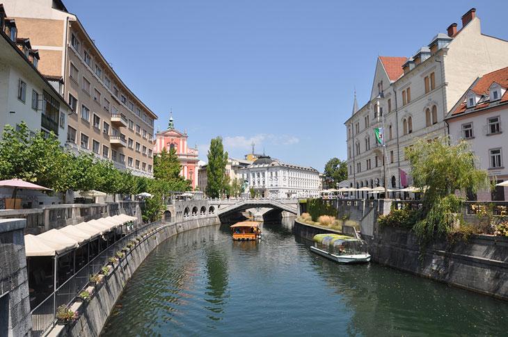 Slovenija prva u Europi proglasila kraj epidemije