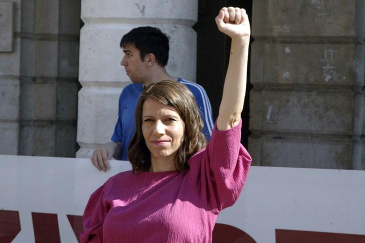 RF: Plenkovićeva vlada usvojila Istanbulsku konvenciju s figom u džepu; umjesto otvaranja obećanih šest novih sigurnih kuća, zatvaraju se one postojeće…