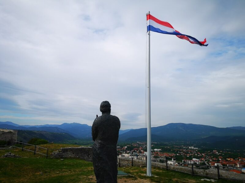 Foto: TRIS/A.Tešić. ilustracija
