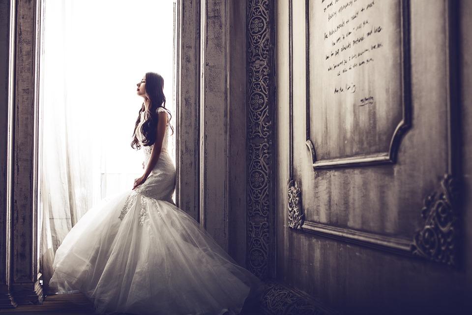 Slovenci dopuštaju vjenčanje samo trudnoj nevjesti: Šta je sljedeće – dozvola za svadbu ako se okupi samo jedna trudna osoba