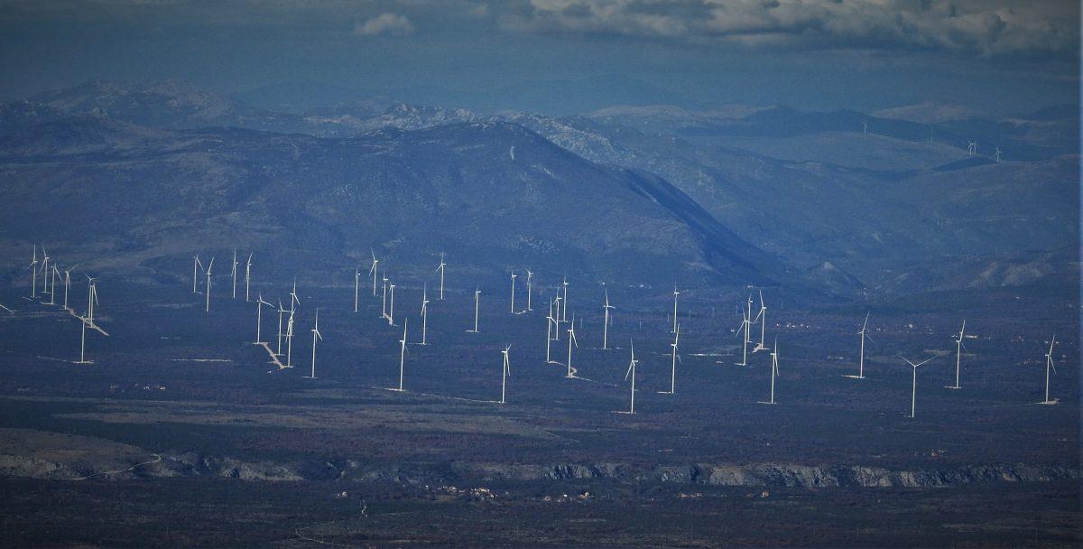 Država poticajima stimulira vjetroelektrane i skuplja minuse, dok Bašić i ekipa zarađuju milijarde…