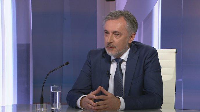 Miroslav Škoro ( DP ) u Nu2: Ne zna hoće li biti kandidat za zg-gradonačelnika, ne zna je li za Trumpa ili Bidena, ne zna hoće li se cijepiti…