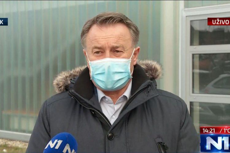 """""""Sirotog"""" Ivu Žinića šef HDZ-a, zasad, štiti od """"medijske histerije"""", a sutra što bude…"""