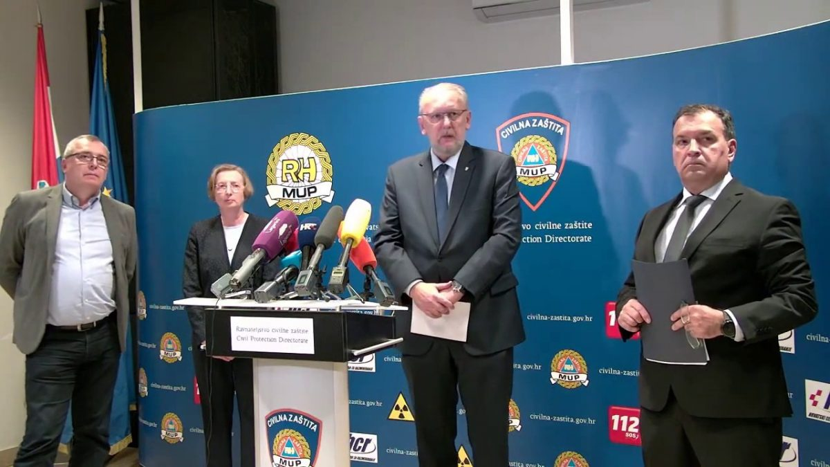 Preko reda, da se ne baci: Cijepljeni i bivši ministar Linić, i viceguvernerka Bajo, i župan Koren i tko zna tko sve ne