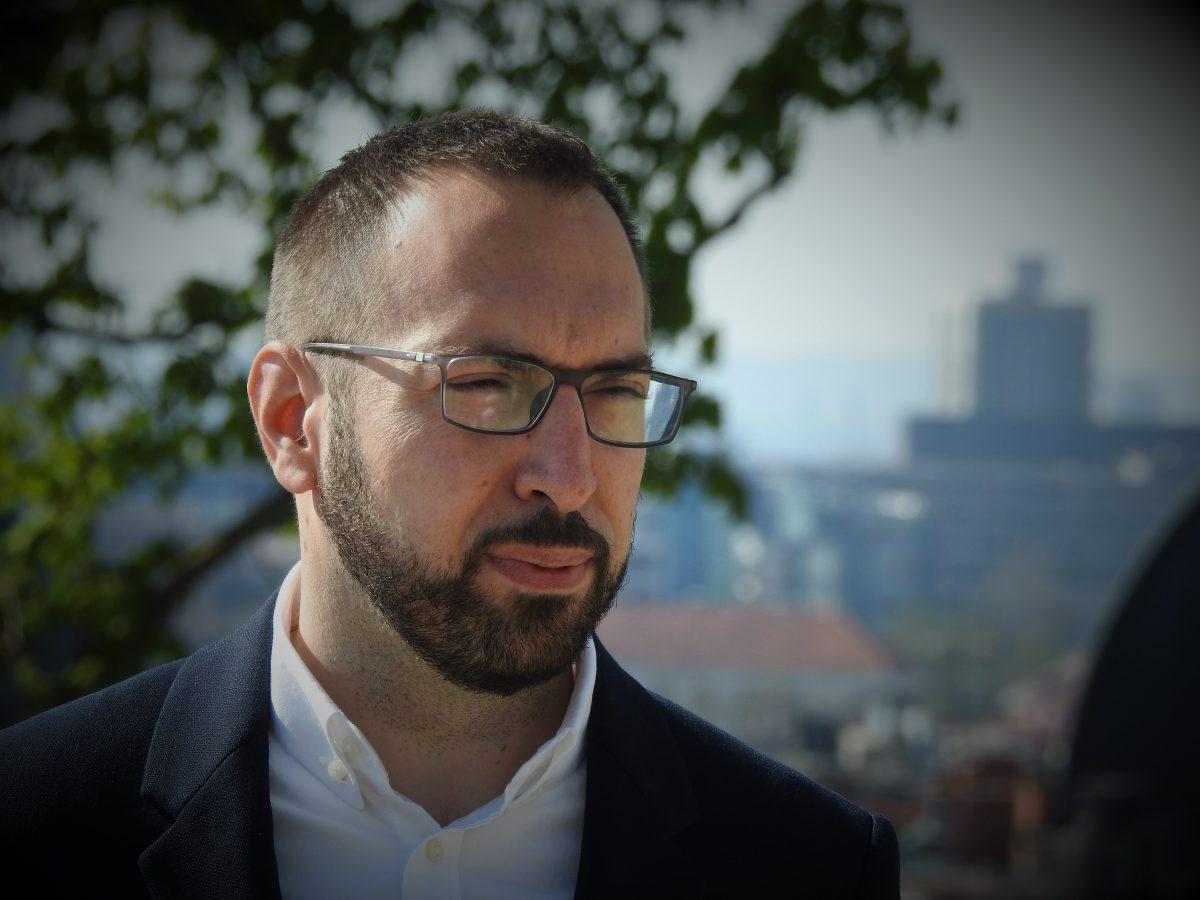 Tomislav Tomašević u Nedjeljom u 2: Pobijedim li, gradska uprava imat će triput manje zaposlenika od sadašnjih 285!