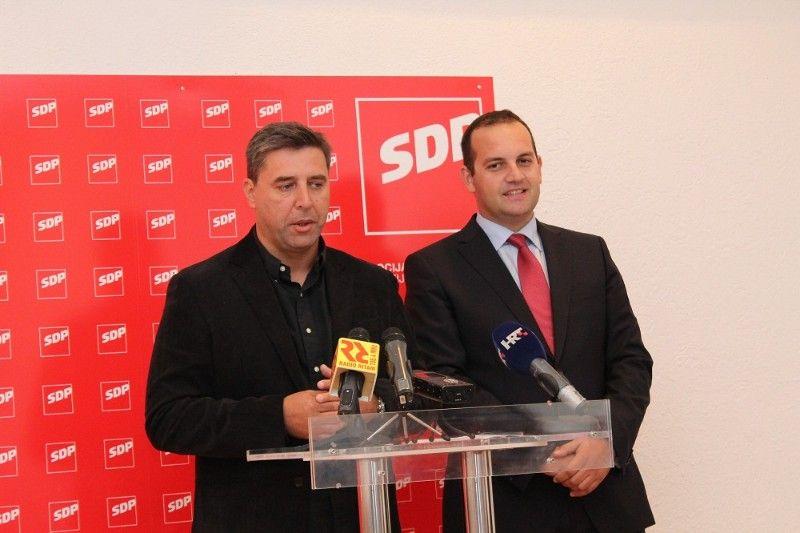 Ministri u Šibenskom kazalištu: Opačić, Ostojić, Grčić, Hajdaš Dončić i Linić rade inventuru lokalnog SDP-a