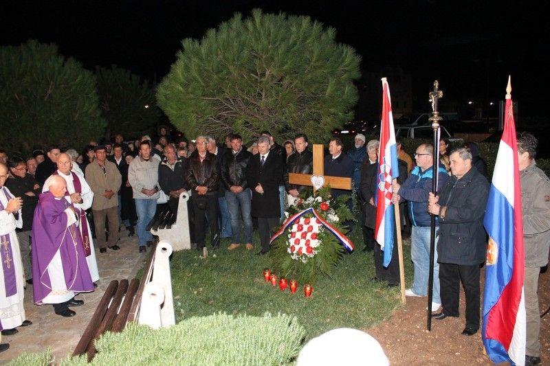 Na komemoraciji su uz Primoštenace bili i čelnici HSS-a (Foto: Hrvoslav Pavić)