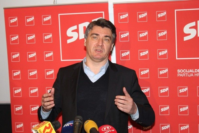 Milanović referendum nazvao 'prikrivenom homofobijom' i najavio skoro donošenje tzv. 'zakona o partnerstvu'
