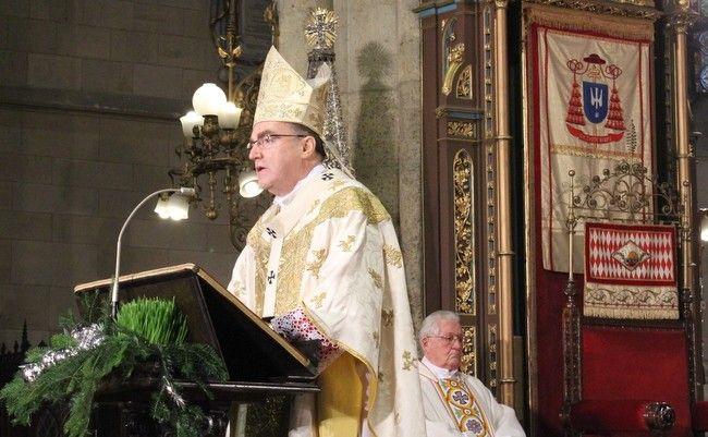 Bozanić poručio kako Bog voli svakog čovjeka, sve ljude, a Josipoviću se u čestitanju Božića potkrao tipfeler