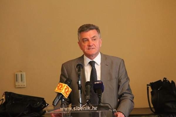Gradonačelnik Željko Burić poslušao Čaču: Gradsko vijeće (ne) ukida naknade vijećnicima!