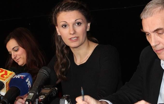 Nera Gojanović daje mandat na raspolaganje  (2)