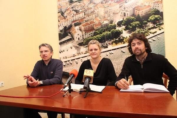 Viktor Banov, Mateja Bašić i Mate Skračić na konferenciji za novinare u Šibeniku (Foto: Hrvoslav Pavić)