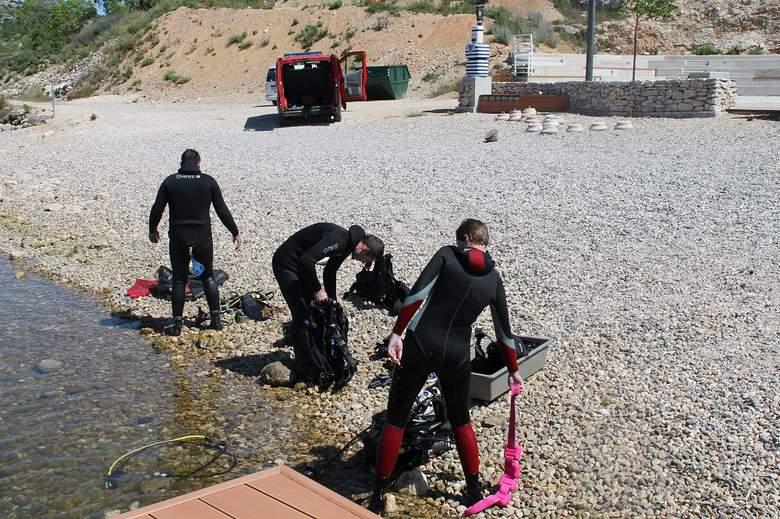 FOTO: Podmorje plaže Banj – očišćeno!