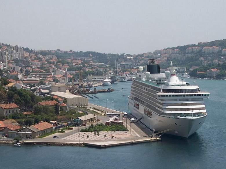 800px-View_Dubrovnik-2