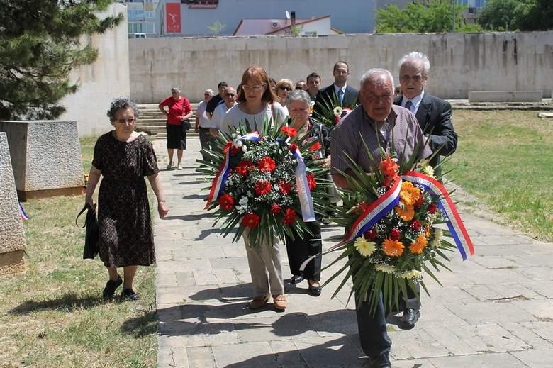 S komemoracije Radi Končaru (Foto: Tris/H. Pavić)