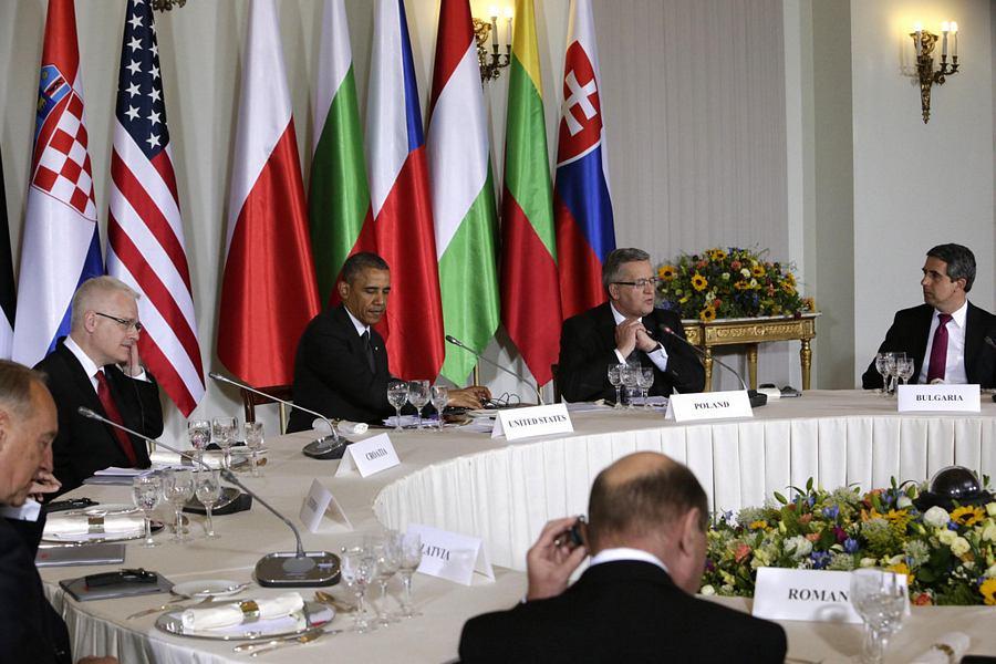 Radni ručak u Varšavi (foto Ured predsjednika RH)