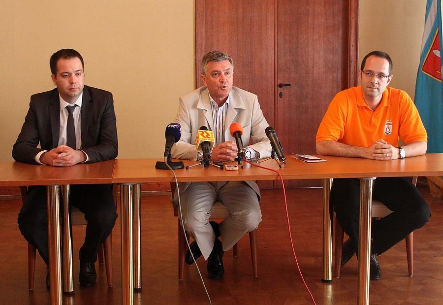 Konferencija za novinare gradonačelnika dr. Željka Burića- Prva godina mandata (Foto H. Pavić) (19)