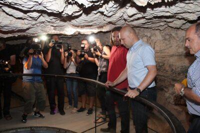 Ministar u špilji: Oziđana pećina, apartman s pogledom na Krku otprije 7.000 godina