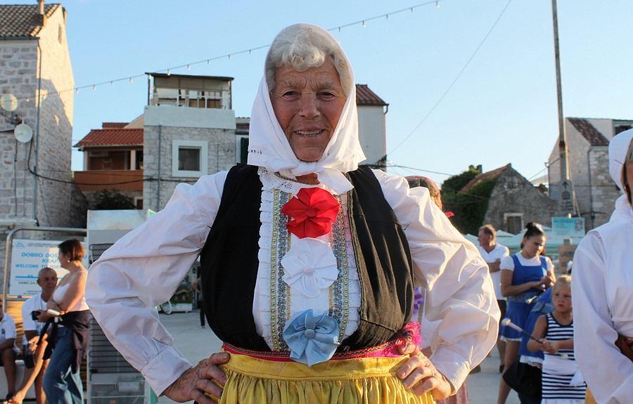 Regata u ženskom veslanju - Krapanj 2014. (Foto H. Pavić) (3)