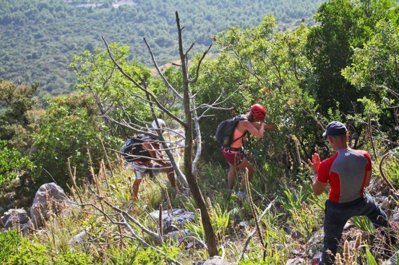 Turisti- avanturisti ne mogu odoljeti zovu Biokova, a kad se izgube, padnu ili se slome, pozivaju HGSS upomoć