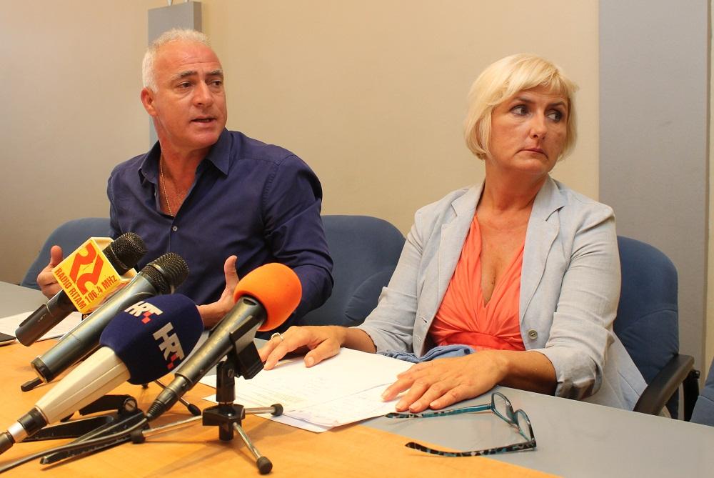 Župan Pauk i ravnateljiva ZJZŠKŽ (Foto: H. Pavić)