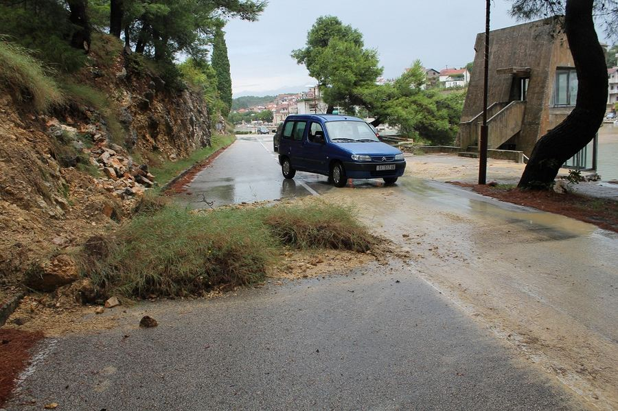 Poplave u Vodicama i Tribunju (Foto H. Pavić) (17)