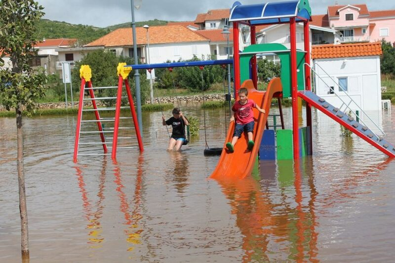 Poplave u Vodicama i Tribunju – štete nesagledive