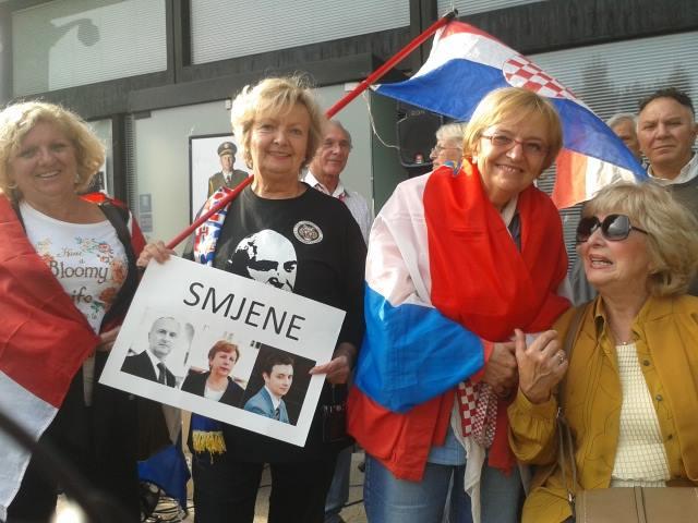 Branitelji se okupljaju u strahu od smanjenja prava (Foto: Facebook HVIDR-e)