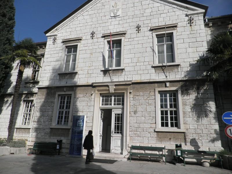 Županijski sud presudio: šibenska bolnica mora platiti odštetu zbog smrti djeteta pri porodu