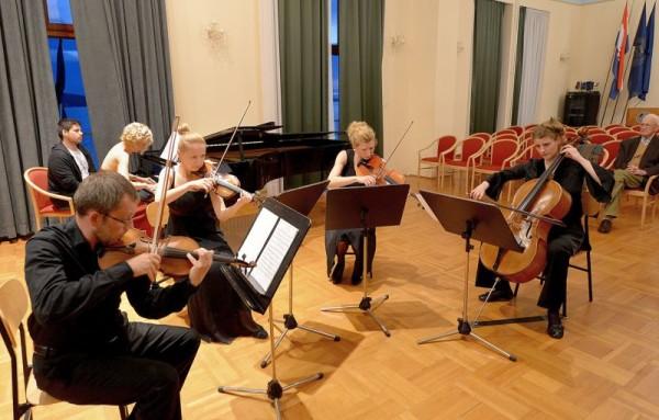 Gudački kvartet Porin i Gordana Pavić (Foto: Zvonko Kucelin)