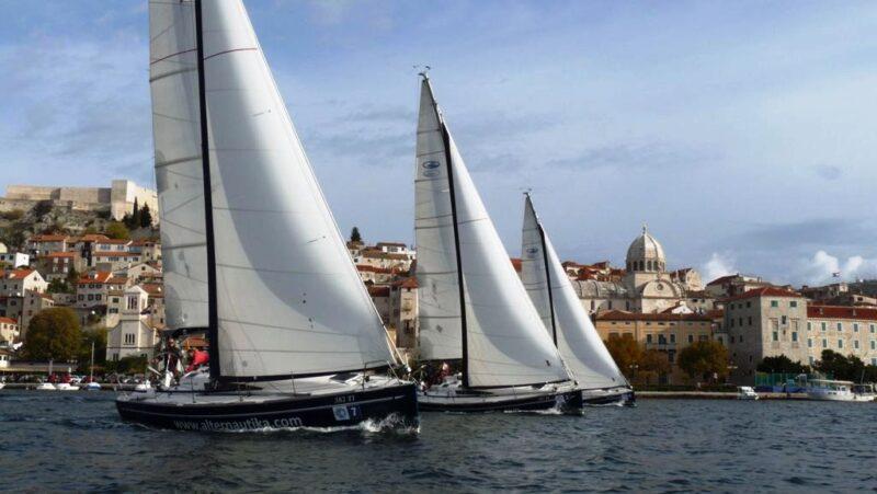 Šibenska regata krstaša: Jedina regata koja se vidi s kopna
