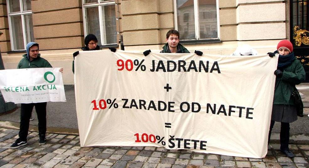 Današnji prosvjed ispred Hrvatskog sabora (foto: Facebook)
