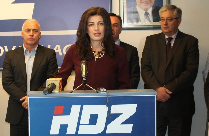 Konferencija za novinare HDZ-a (10)
