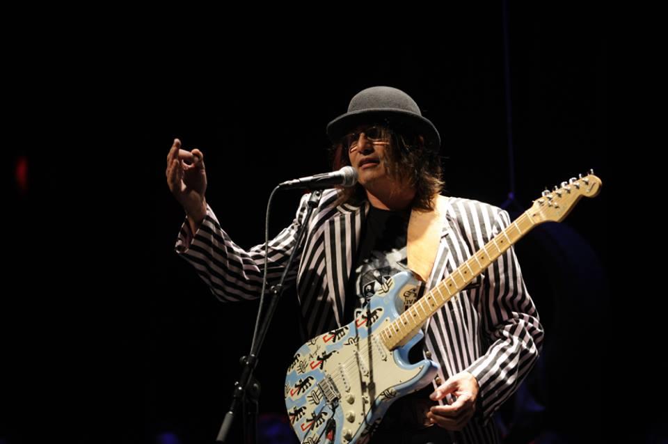 Rambo s gitarom, Amadeus sa šeširom (foto Facebook)