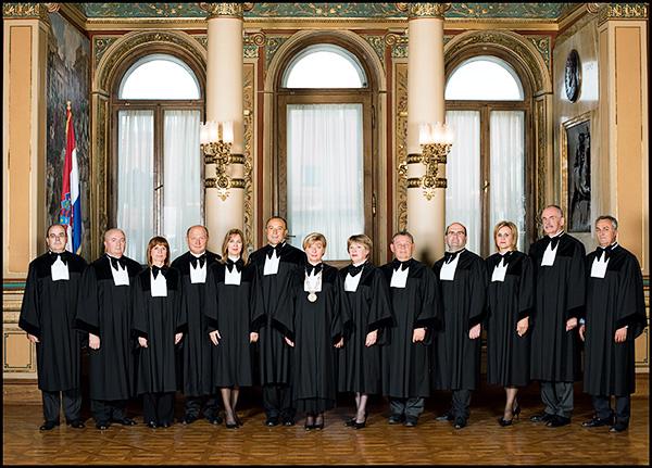Ilustracija - suci Ustavnog suda Republike Hrvatske  (izvor: www.usud.hr)