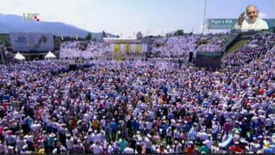 Papa Franjo u Sarajevu: 'Muslimani, pravoslavni, židovi, katolici i drugi – svi zajedno, radosni! To je nada. Ulažimo u to'