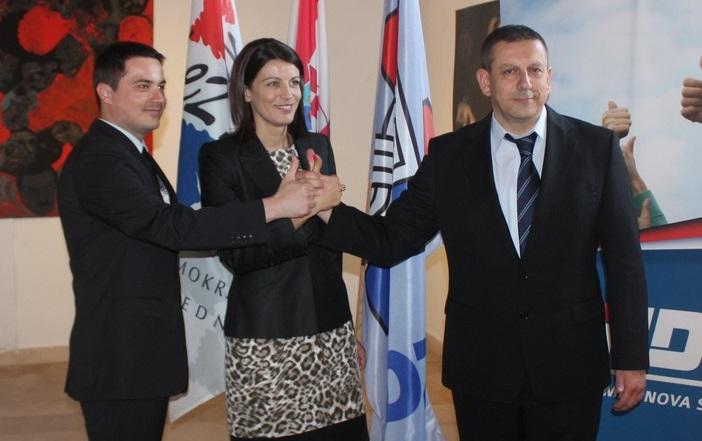 Gradonačelnica Josipa Rimac s dogradonačelnicima Ivićem i Blaževićem u kampanji 2013. godine (Foto: HDZ)