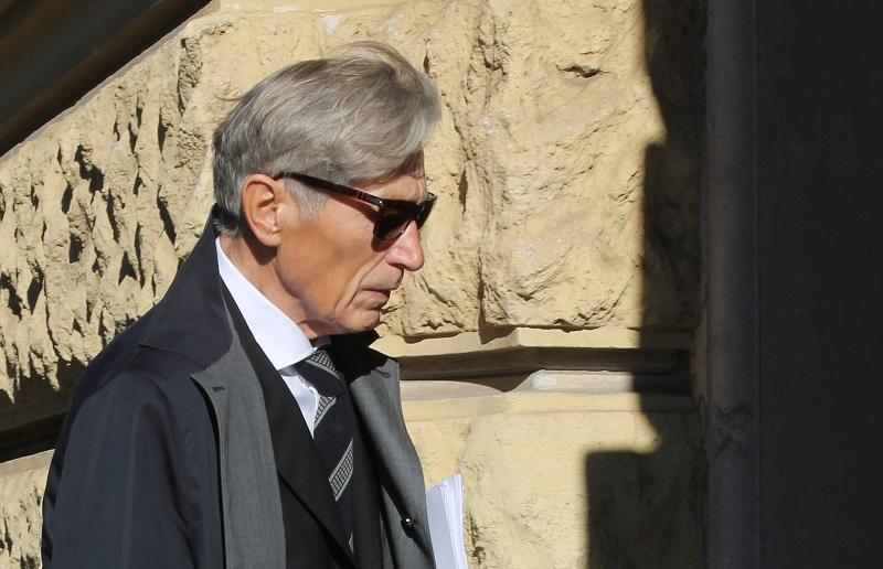 Tomislav Horvatinčić na ulazu u zgradu šibenskog suda (Foto: Tris:H. Pavić)