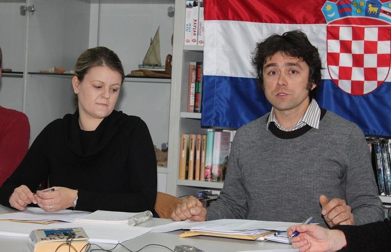 Predsjednica Općinskog vijeća Matea Bašić  (SDP) i njen zamjenik Mate Skračić (NL Mate Skračića)